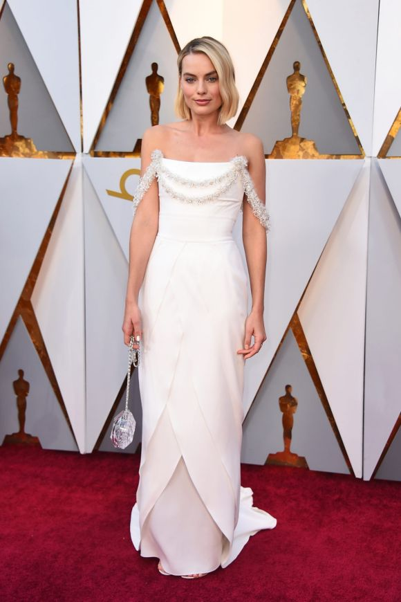 Margot Robbie arrives at the Oscars on Sunday, March 4, 2018, at the Dolby Theatre in Los Angeles.