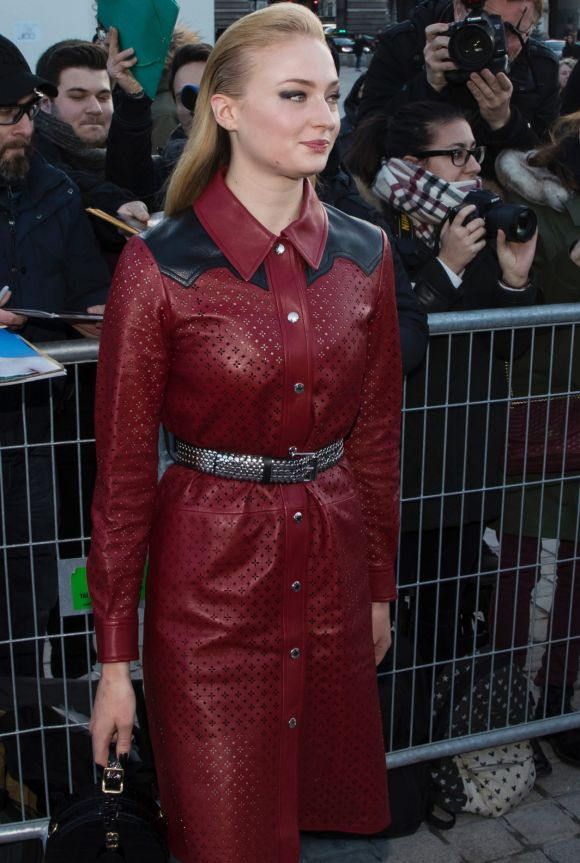 Sophie Turner arrives at the Louis Vuitton ready-to-wear fall/winter 2018/2019 fashion collection.