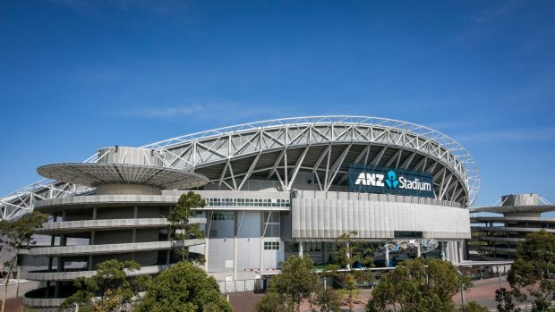 how to get to anz stadium on train