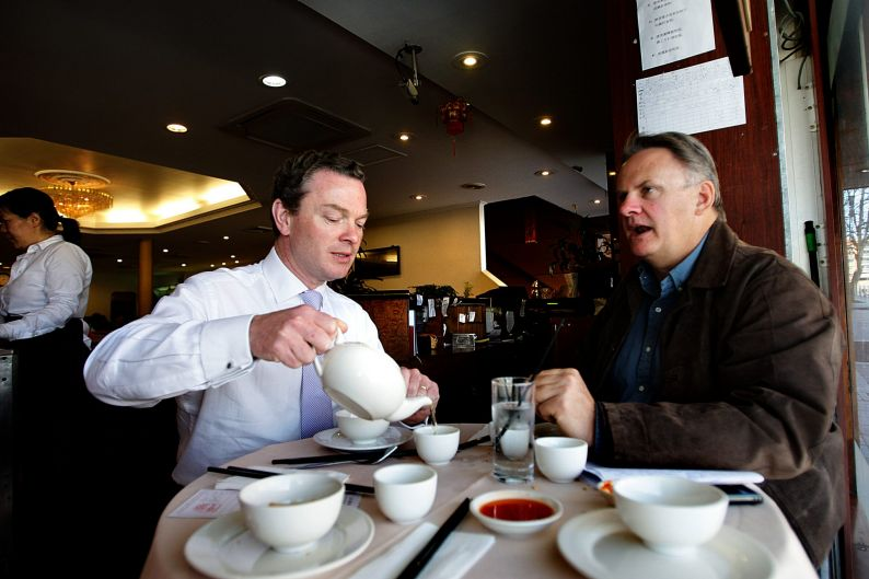 Christopher Pyne, left, and Mark Latham having lunch at Great Century Restaurant, Sydney.
