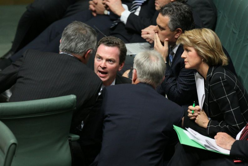 Opposition Leader Malcolm Turnbull talks with his front bench team including Christopher Pyne, Joe Hockey, Juile Bishop ...