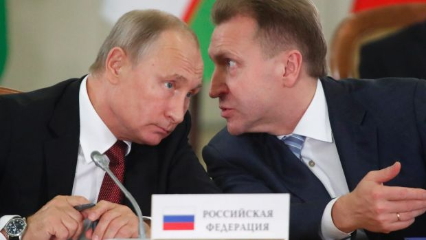 Vladimir Putin, left, and Russian First Deputy PM Igor Shuvalov.