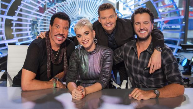 Lionel Richie, Katy Perry, Ryan Seacrest and Luke Bryan on the set of American Idol.