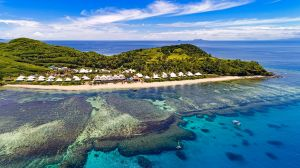 Barefoot island resort: Sheraton Resort and Spa, Tokoriki Island.