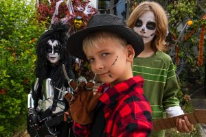 Valentine, Ollie and Louis, Halloween kids trick or treat on Hastings Pde, Bondi. 31st October 2018 Photo by Louise ...