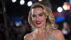 Margot Robbie has revived her Oscar campaign with a SAG nomination.