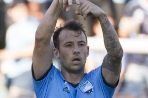Never say die: Adam Le Fondre says Sydney FC won't give up on their A-League title hopes despite sliding 10 points ...