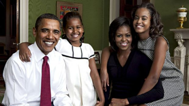 Celebrity photo shoot in the Green Room ... President Barack Obama, his wife Michelle and their children Sasha, 7, left, ...
