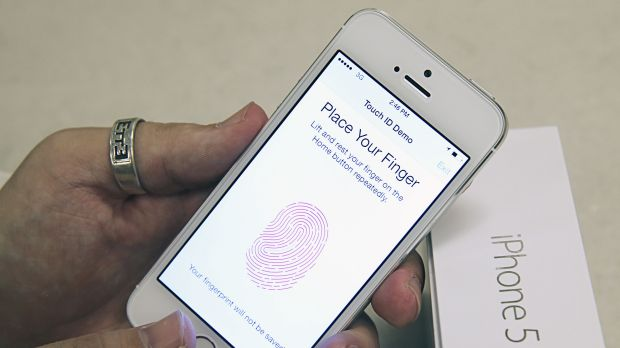iphone 5s fingerprint hackathon attempts to iphone 5s fingerprint scanner 11196