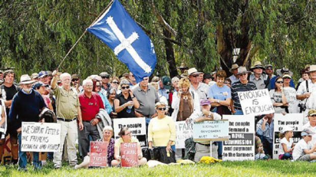 Farmers march to Parliament House in Canberra in protest at the proposed ETS.