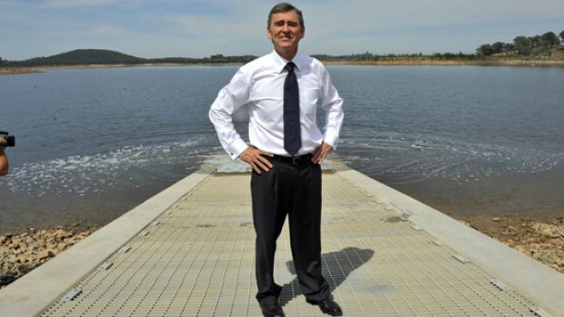 Water flows under Premier John Brumby after he started pumping water from the Goulburn River into Sugarloaf Reservoir.