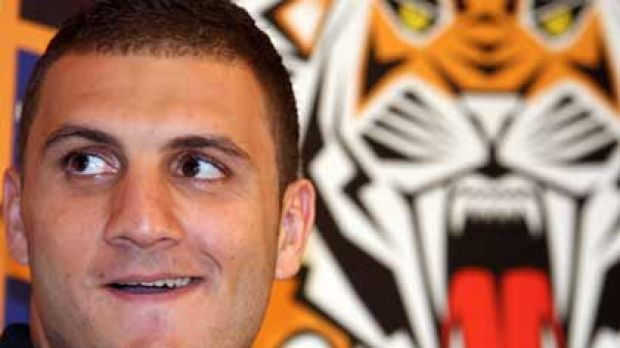 Support ... Wests Tigers hooker Robbie Farah says his club coaches have reassured him that his playing style is suited ...