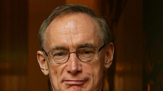 Cutting costs ... former premier Bob Carr spent $100,000 less in expenses in 2009 than the previous year, but still rang ...