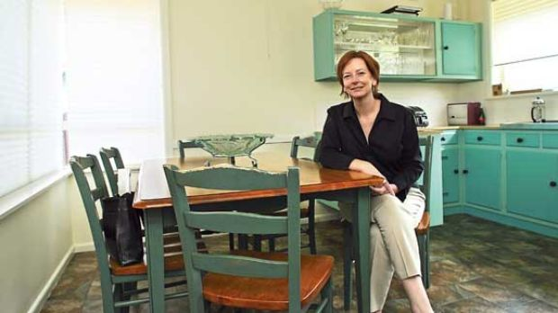 Julia Gillard and her infamous empty fruit bowl in Altona.