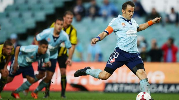 Sydney FC's former star import Alessandro Del Piero in action in 2014.