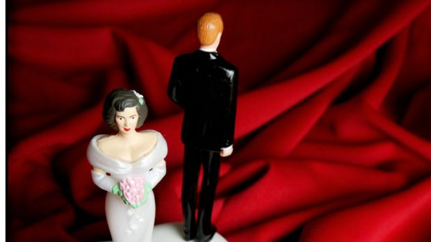 Warring couples' financial information could be accessed by the taxman