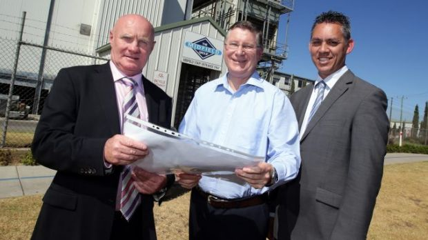 Midfield Group managing director Colin McKenna (left) with Premier Denis Napthine and Warrnambool mayor Michael Neoh.