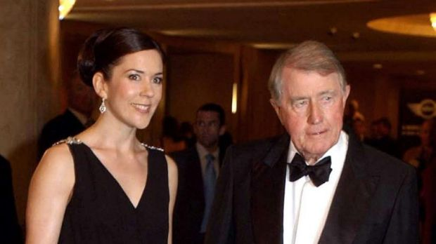 Neville Wran, pictured here with Princess Mary of Denmark.