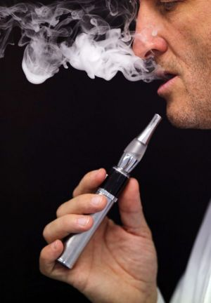 Smoke free zone: France is considering banning e-cigarettes.