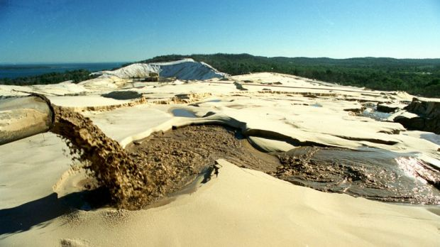 Premier Campbell Newman broke an election promise so he could extend a donor's mining rights on Stradbroke Island, ...