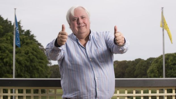 Clive Palmer has launched another attack on Campbell Newman.