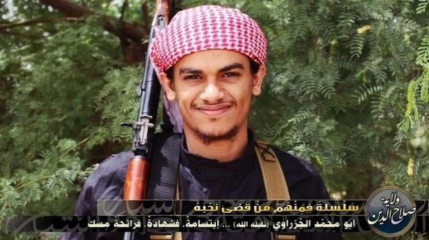 An ISIL jihadist poses for post on Twitter.