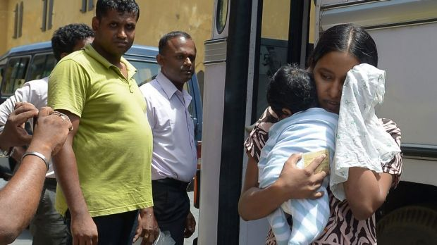 The Abbott government will fail to meet its ethical and legal obligations in handing over Sri Lankan asylum seekers to ...
