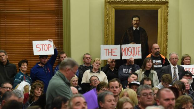 Police were called in to maintain order amid protests against the proposed mosque at a Bendigo council meeting in June.