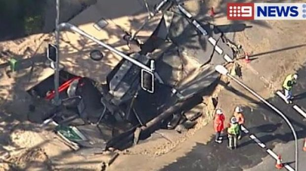 A sink hole has created traffic chaos on the Gold Coast.