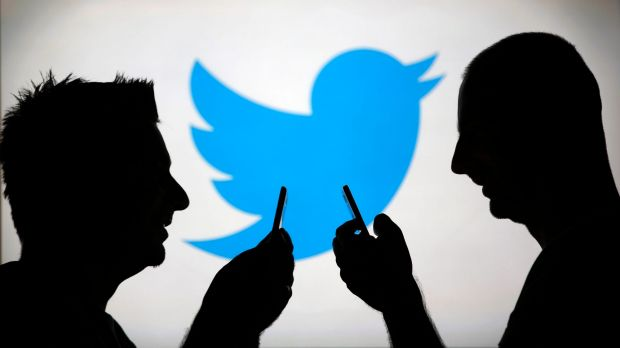 A new study has shown the gap between Twitter and Facebook in Australia.